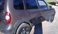 Дефлекторы (ветровики) дверей с надписью Chevrolet на Шевроле Нива
