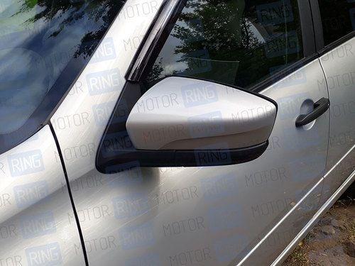 Оригинальные накладки (вставки) на зеркала нового образца без повторителей в цвет кузова для Лада Гранта_1