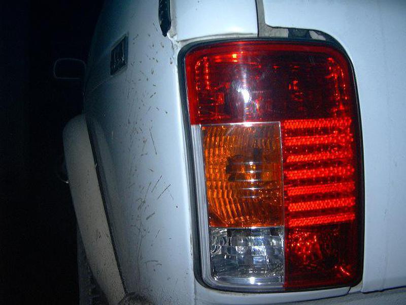 Тюнинг фонари красные для Лада Нива 4х4_5