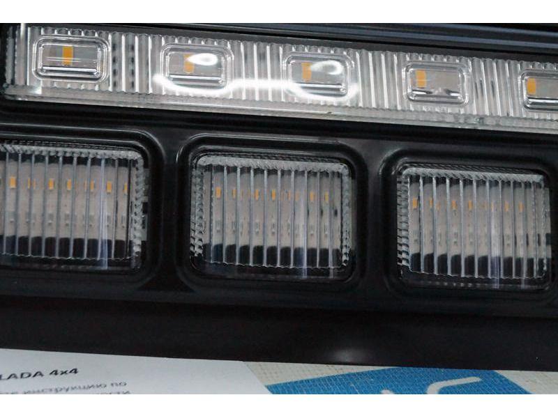 Светодиодные (LED) подфарники с ДХО и динамическим поворотником на Лада 4х4 Нива_3