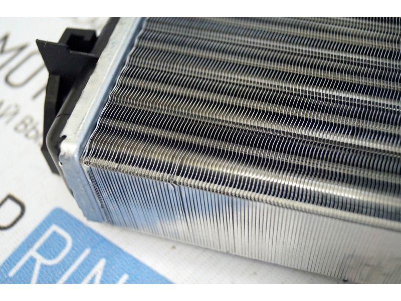 Радиатор отопителя на ВАЗ 2101-2107, Лада Нива 4х4_2
