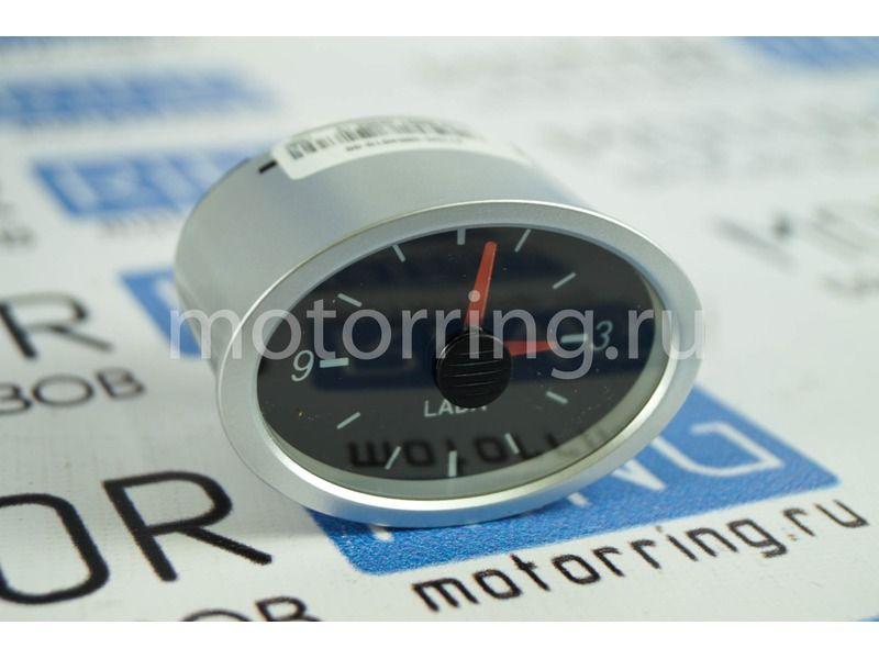 Оригинальные часы на переднюю панель Лада Приора_1