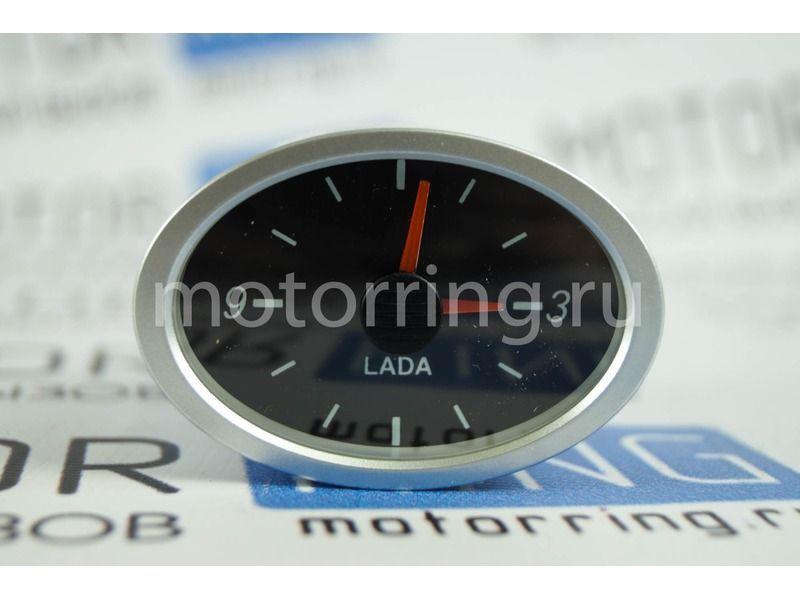 Оригинальные часы на переднюю панель Лада Приора_2