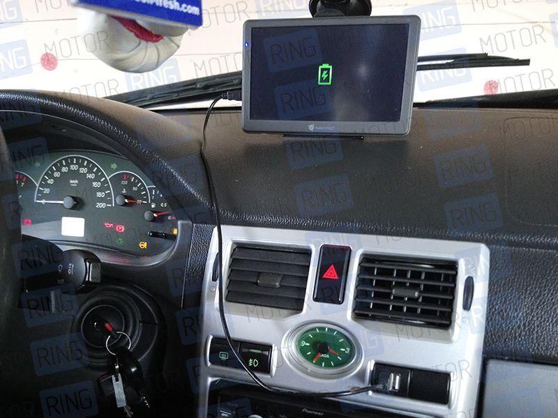Зарядное устройство USB 2 слота на Лада Приора, Гранта, Калина 2_4